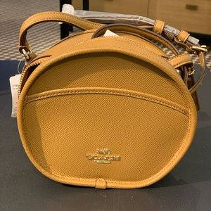 Coach Light Saddle Canteen Crossbody